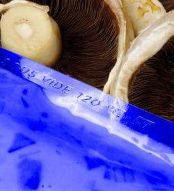400 x 600 90mu Blue Tint Boilable Vacuum Pouch (Qty x500)